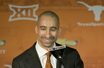 Coach Shaka Smart speaks during a news conference at the University of Texas-Austin.